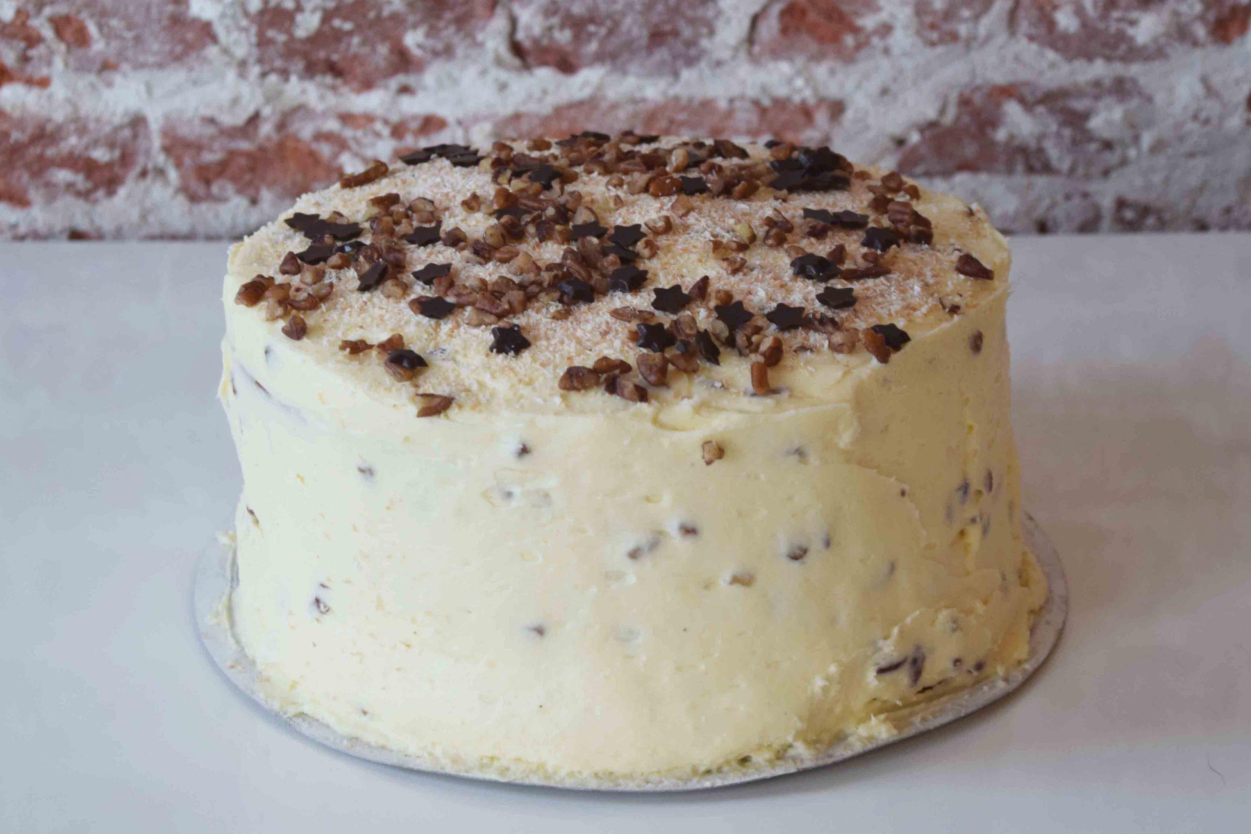 Hummingbird Cake standard decoration