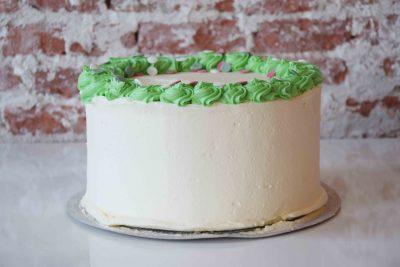 Vanilla Christmas Cake standard decoration