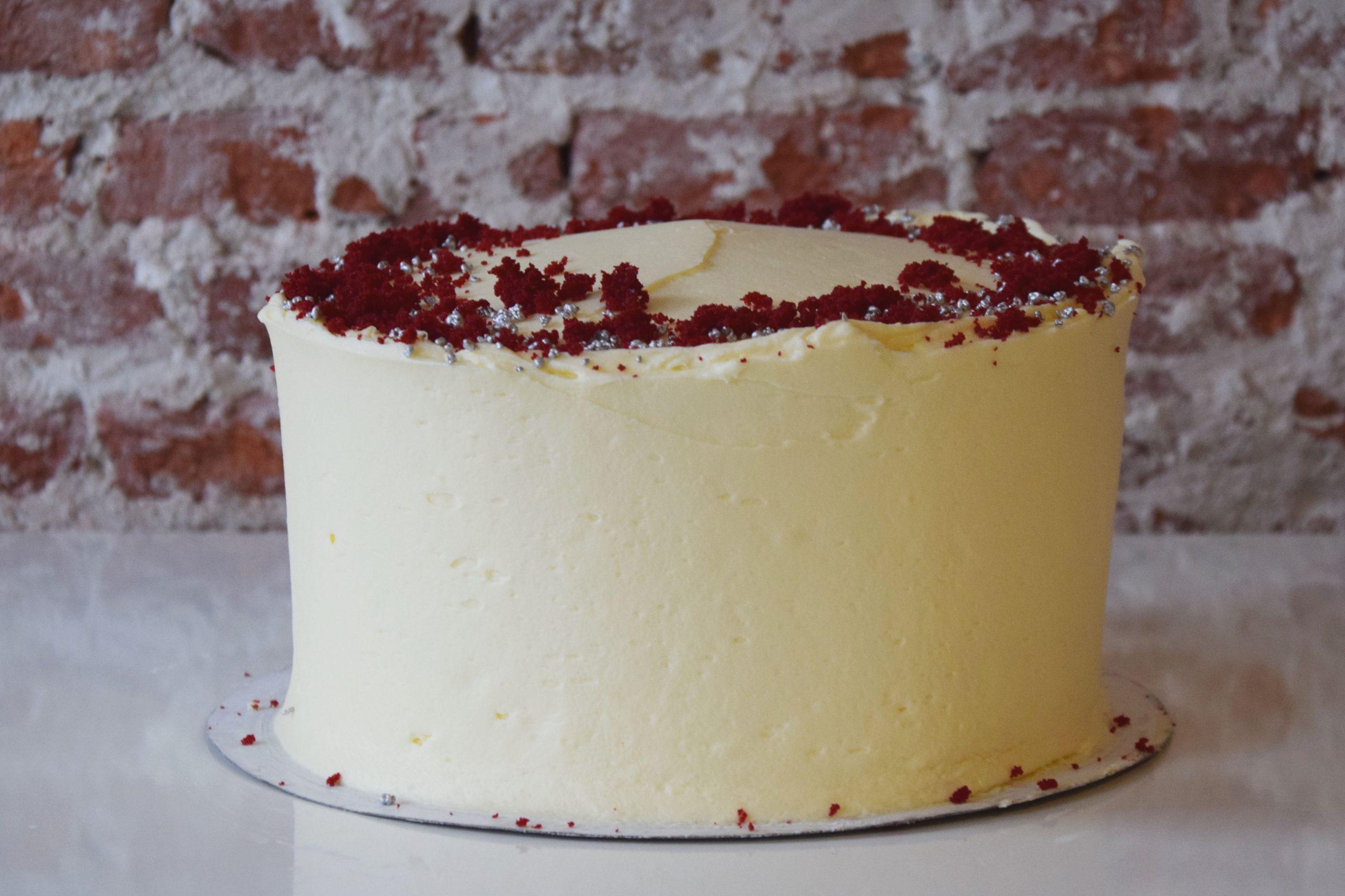 Red Velvet Cake standard decoration